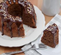 Babka karmelowa polana czekoladą [SPRAWDZONY PRZEPIS]