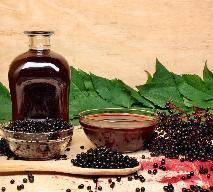 Czarny bez: wino z owoców czarnego bzu [przepis]