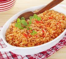 Pomidorowy ryż po meksykańsku: samodzielne danie lub pyszny dodatek