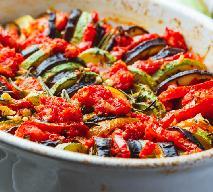 Najlepsze pieczone warzywa marynowane: przepis na wakacje od kuchni