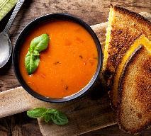 Zupa krem z pomidorów z puszki: łatwy przepis na szybki obiad