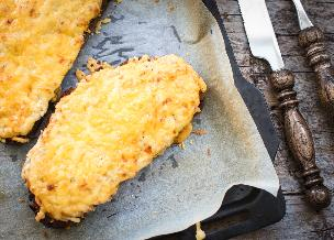 Jak zrobić zapiekane kanapki na śniadanie: banalny trik na pyszną przekąskę