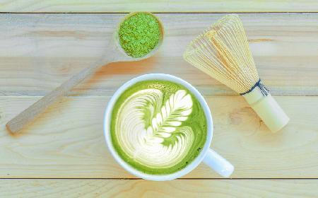 Matcha latte - przepis na orzeźwiający napój